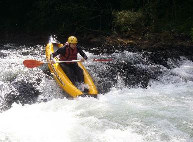airyak pays basque eaux vives faire du kayak gonflable en rivière