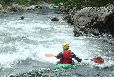 kayak pays basque eaux vives rivière faire du kayak en rivière